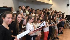 Chorauftritt im Gymnázium Matyáše Lercha